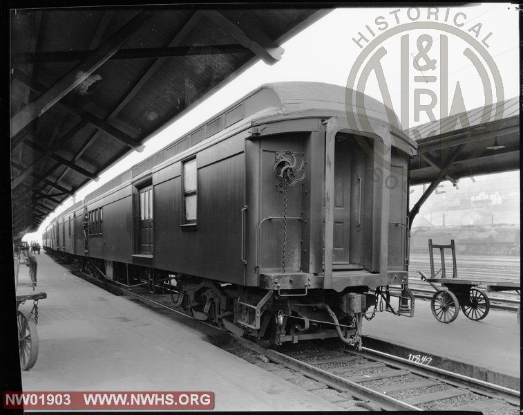 "Class ""LC"" Mail Car #326, 7/8 View, B&W - @ Bluefield, WV"
